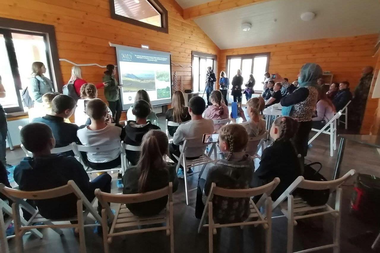 В нацпарке Челябинской области открыли новый экоцентр