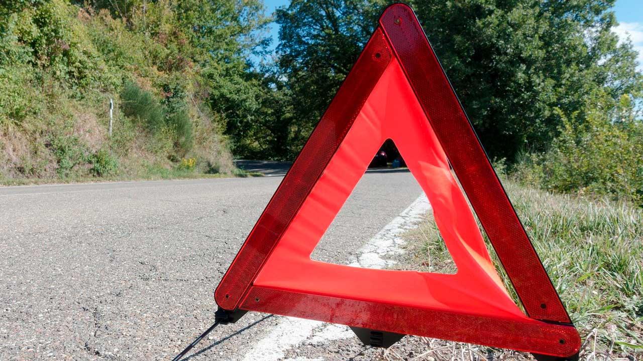 Водитель насмерть сбил пешехода в Челябинской области и скрылся