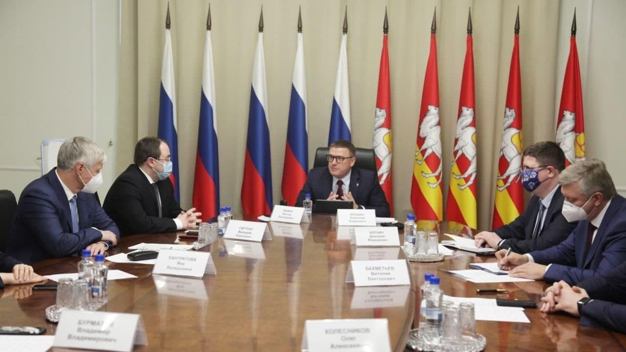 Губернатор Челябинской области встретился с новыми парламентариями