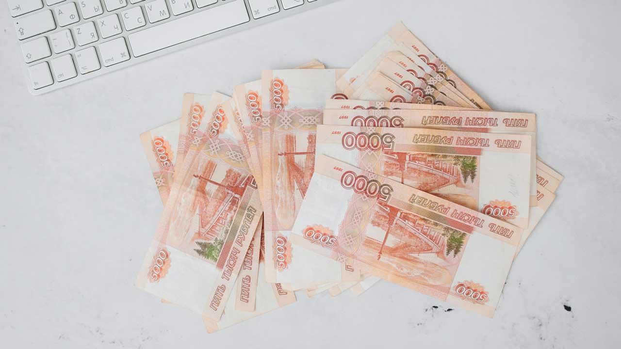 Назван топ-5 вакансий с самыми высокими зарплатами в Челябинске