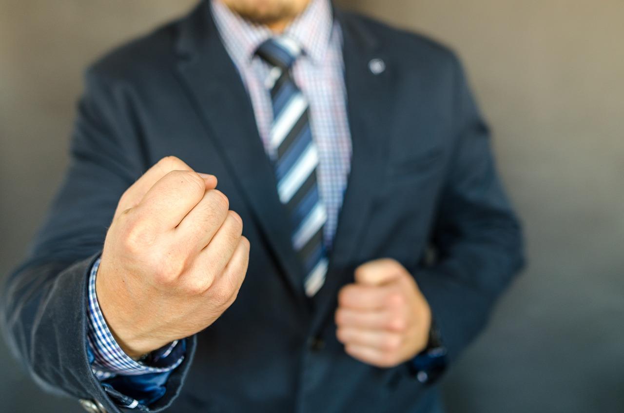 Агрессоры и критики: психологи назвали 5 типов людей, которые могут быть опасны